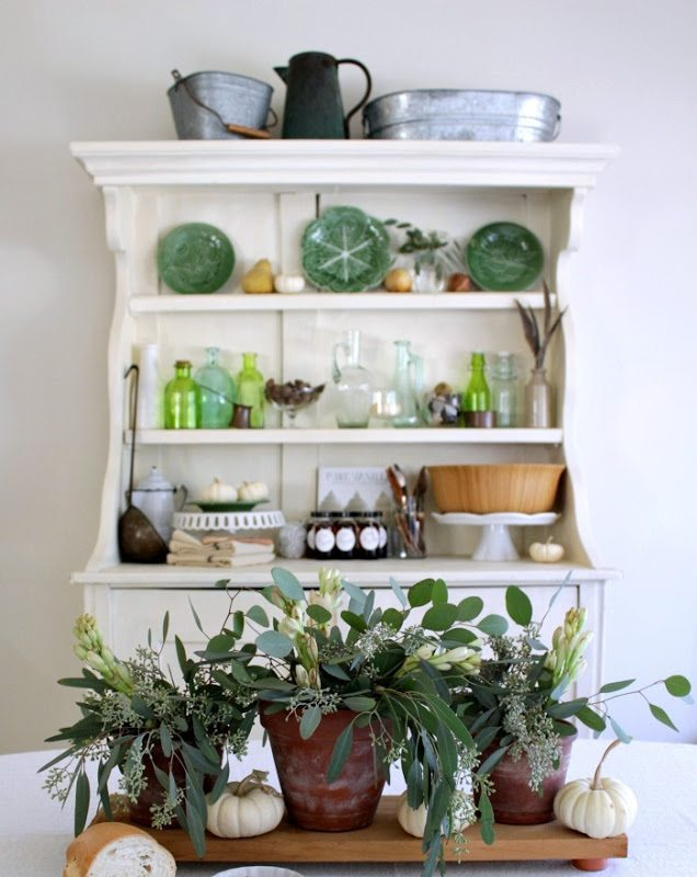 fall-table-and-hutch