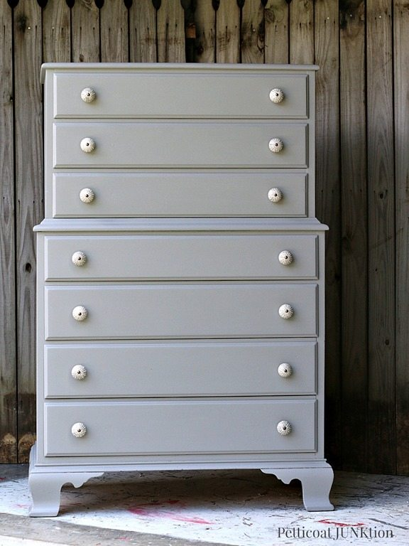 Granddaughter-Paints-Bedroom-Furniture-Gray-Pettiocat-Junktion