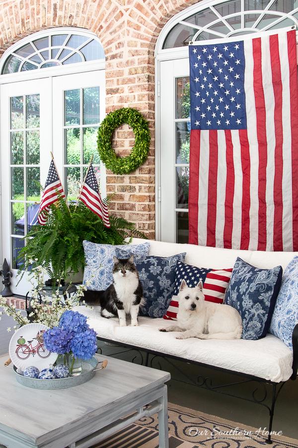 patriotic porch with pets