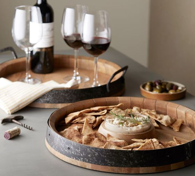 tray with wine