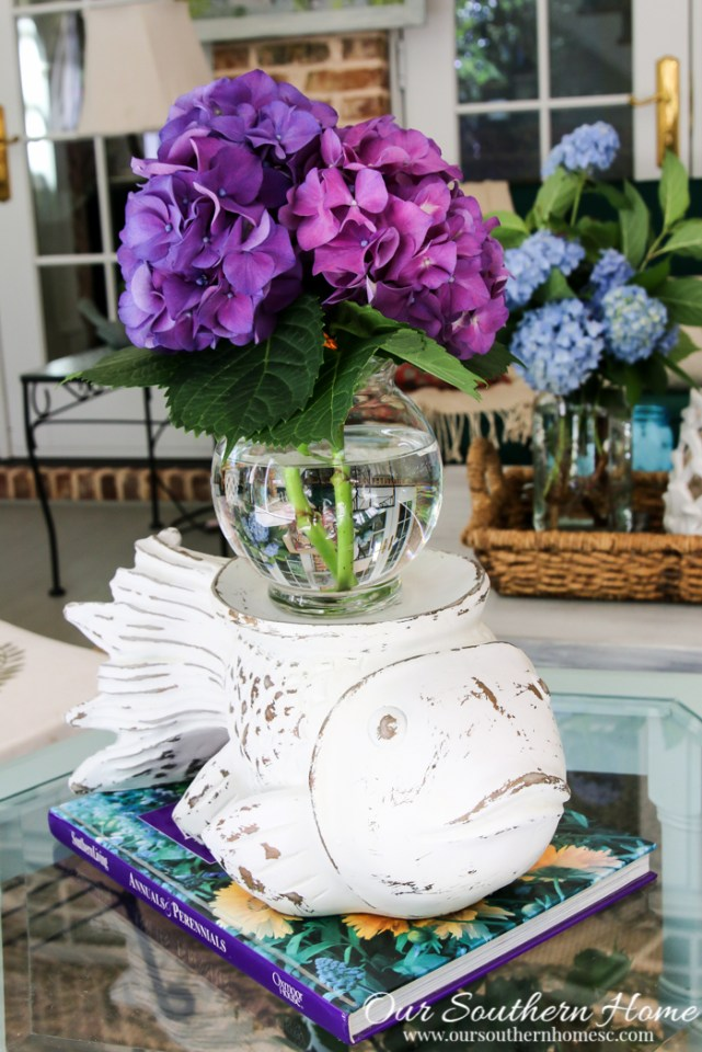 Carved first vase thrift store makeover by Our Southern Home #thriftstoremakeover