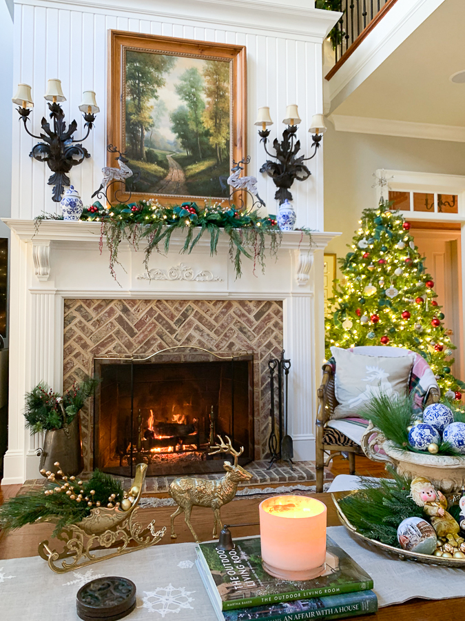 fireplace in family room for christmas