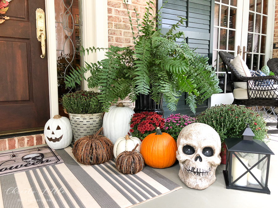 skull and pumpkins