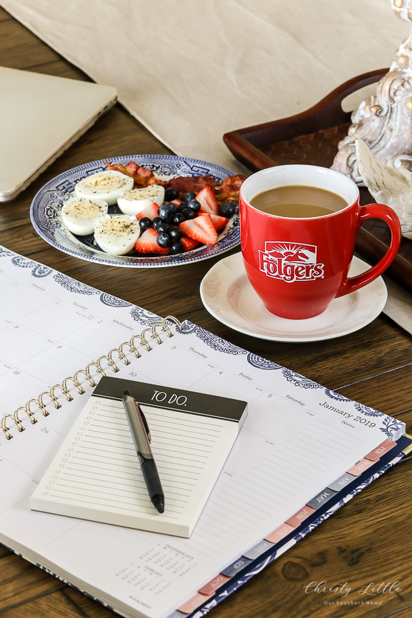 calendar, breakfast and coffee