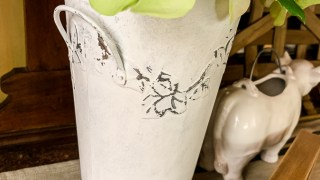 Galvanized Metal Vase Makeover