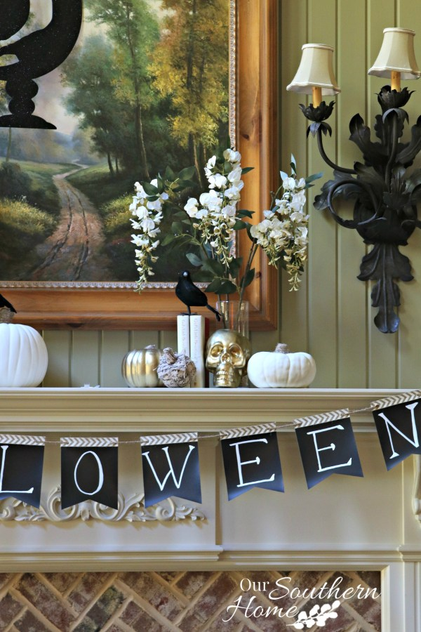 Simple and quick Halloween Bunting tutorial by Our Southern Home