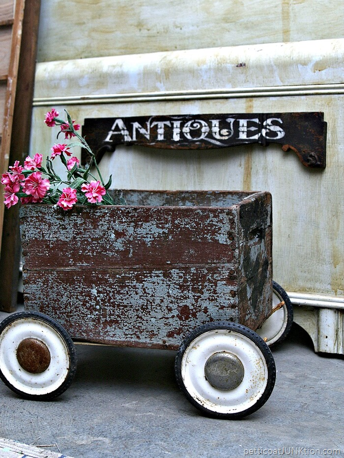 how to make an antique sign from an antique drawer front Petticoat Junktion