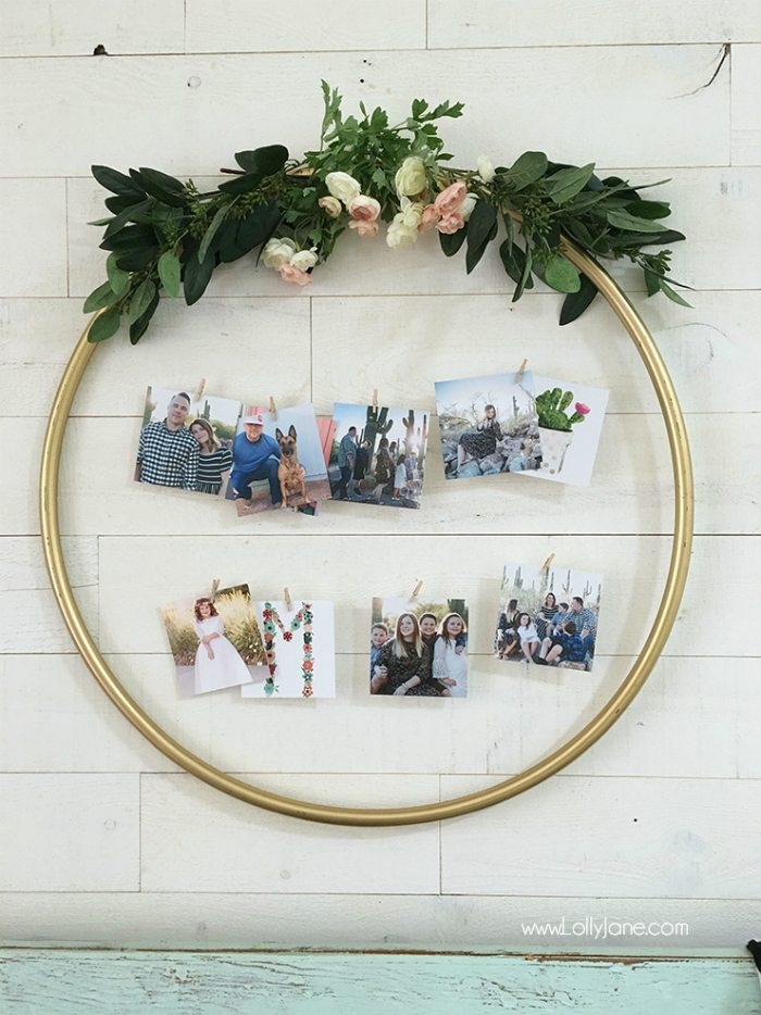 hula-hoop-gold-floral-picture-display