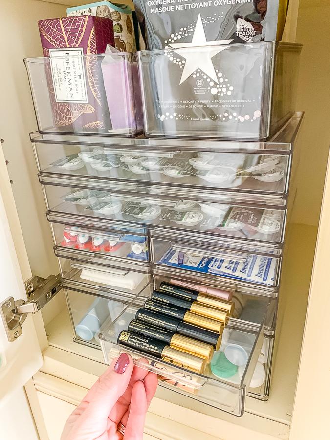 clear drawer system in bath