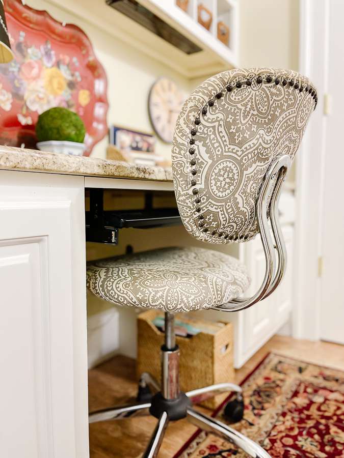desk chair in mudroom