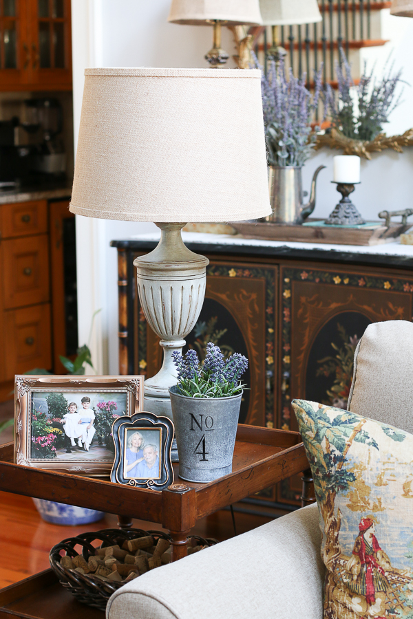 Spring Home Tour with so many French Farmhouse ideas! Perfect mix of new, antique and thrifty finds! #frenchfarmhouse #springtour #farmhousestyle #abberlylane #christylittlestyle