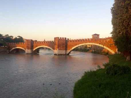 One day in Verona - Castelvecchio Bridge