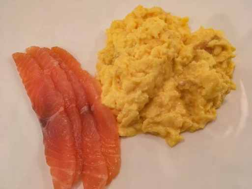 Scrambled eggs with smoked salmon at Cliff Townhouse