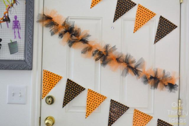 DIY Halloween Bunting for just a dollar