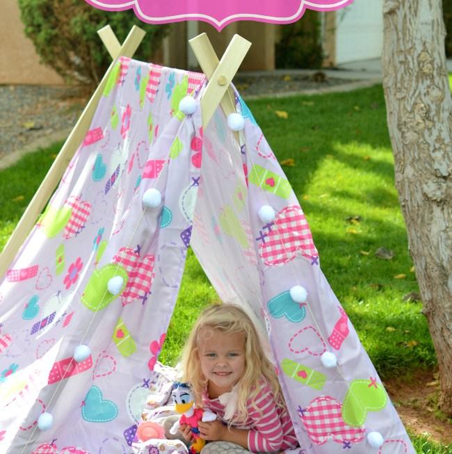 DIY Tent & a Slumber Party idea