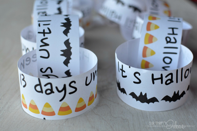 free Halloween countdown chain printable