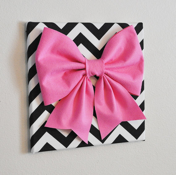 black & white chevron with pink bow