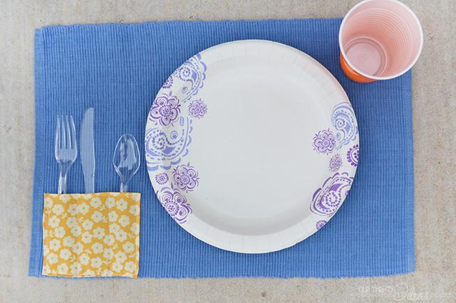 DIY picnic placemat