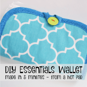 Date Night Purse Essentials – And a DIY Tutorial