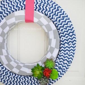 Summer Succulent Wreath – DIY Tutorial
