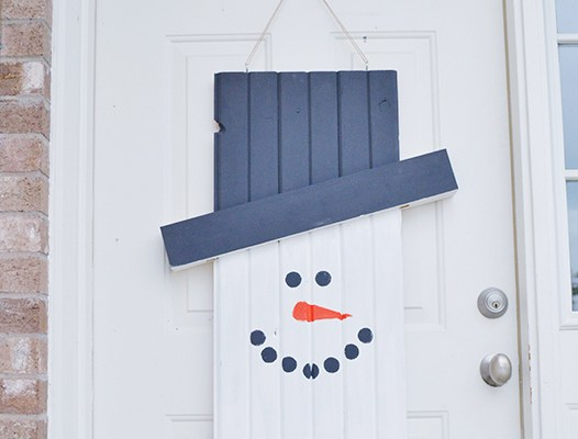 Seasonal Character Door Hanger – Tutorial