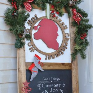 Christmas Porch Decor – How to Decorate a Small Area