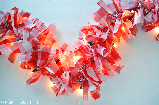 fabric-garland-on-christmas-lights