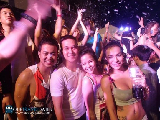 etc-sinulog-paintensity-2015-edm-color-party-image2