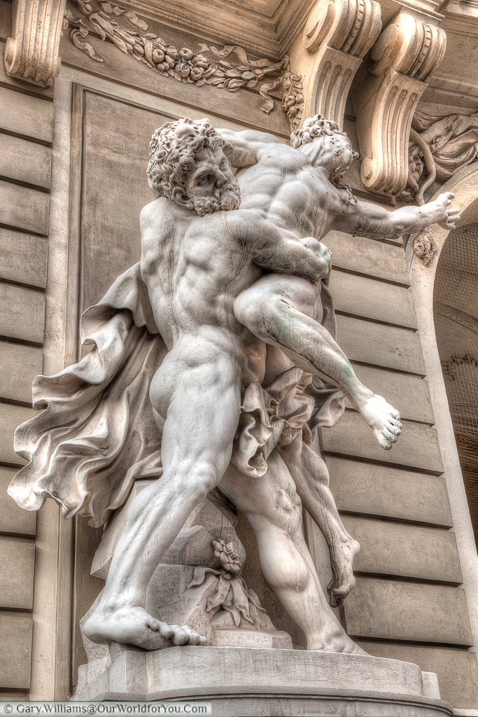 Another fine example of classical statues that adorn the Hofburg.