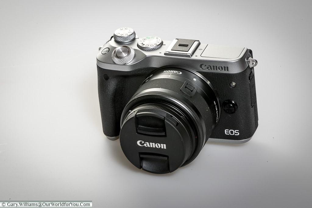 Canon EOS M6 Camera