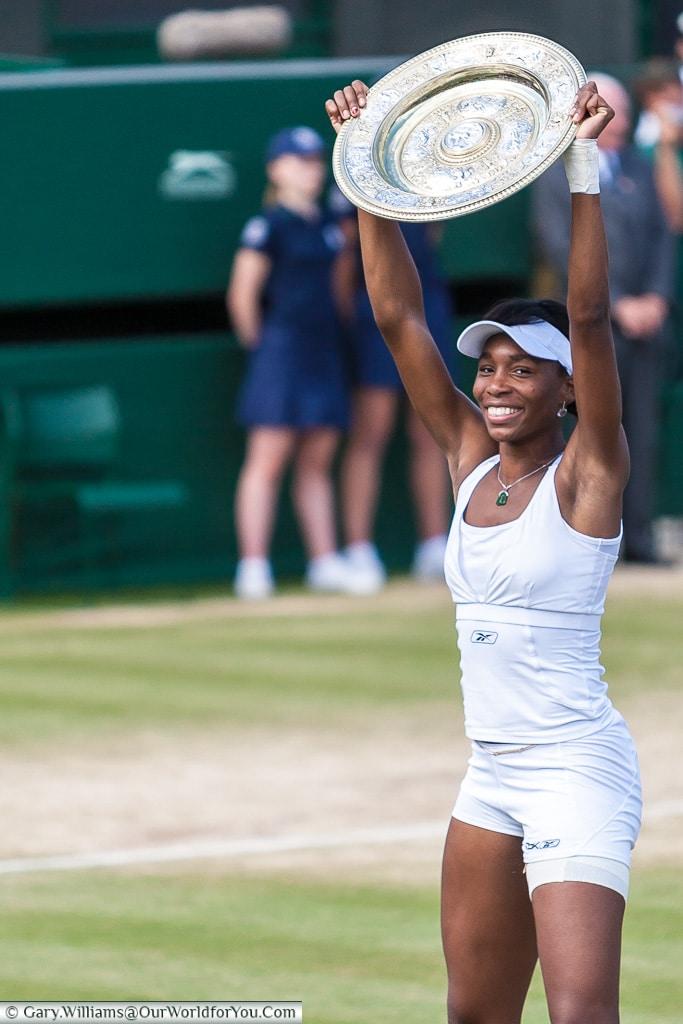Venus Williams with the Venus Rosewater dish - 2007, Tennis, Wimbledon, London, England, UK