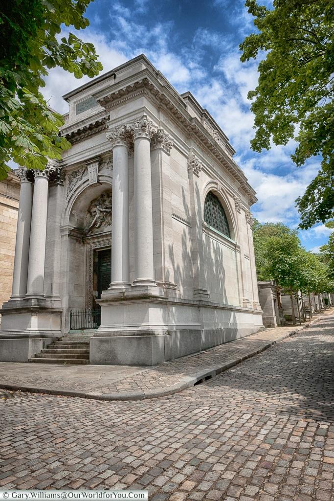 Rather impressive, Père Lachaise Cemetery, Paris, France