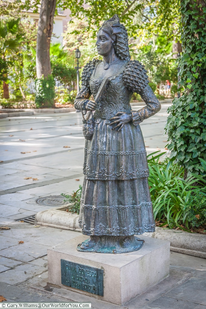 A statue to the Dames Goyesca, Ronda, Spain