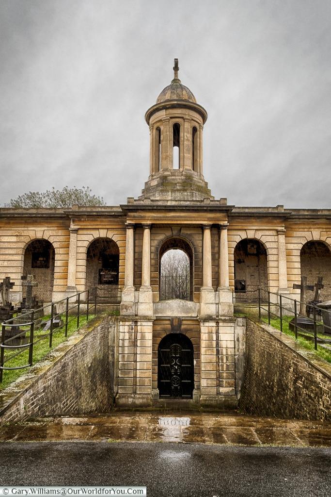 Grand Designs, Brompton Cemetery, London, England, UK