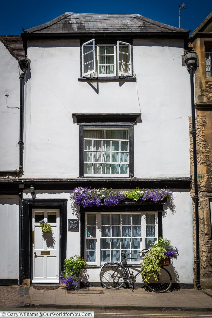 Pretty little Oxford, England, UK
