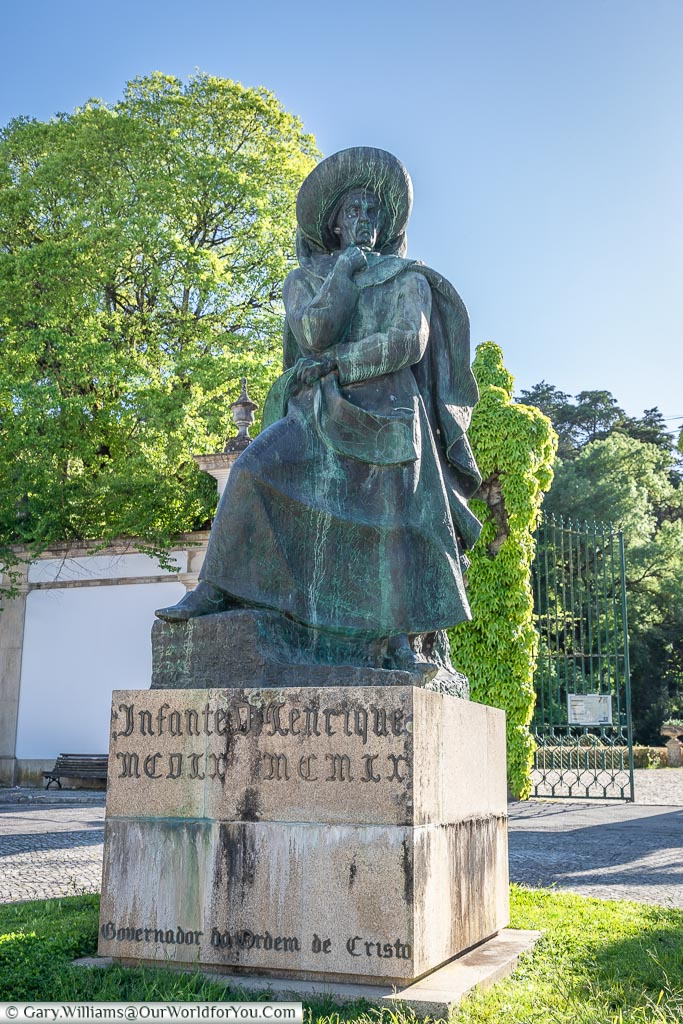 Statue to Henry the Navigator, Tomar, Portugal