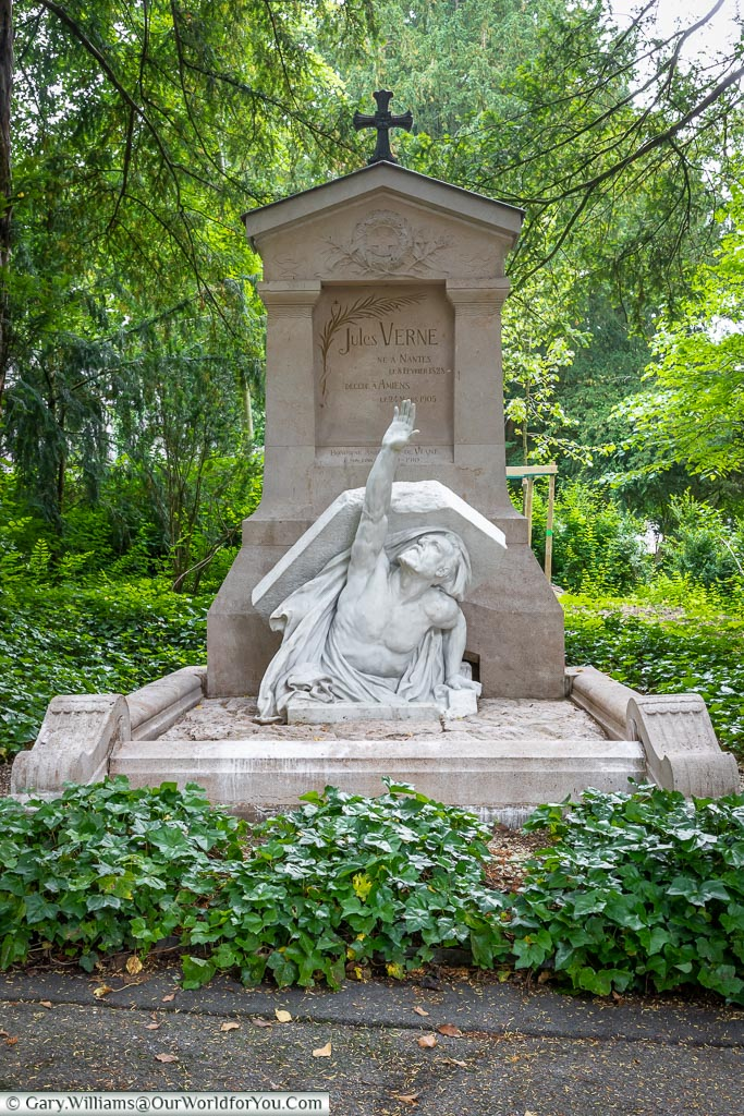 The grave of Jules Verne, Amiens, France