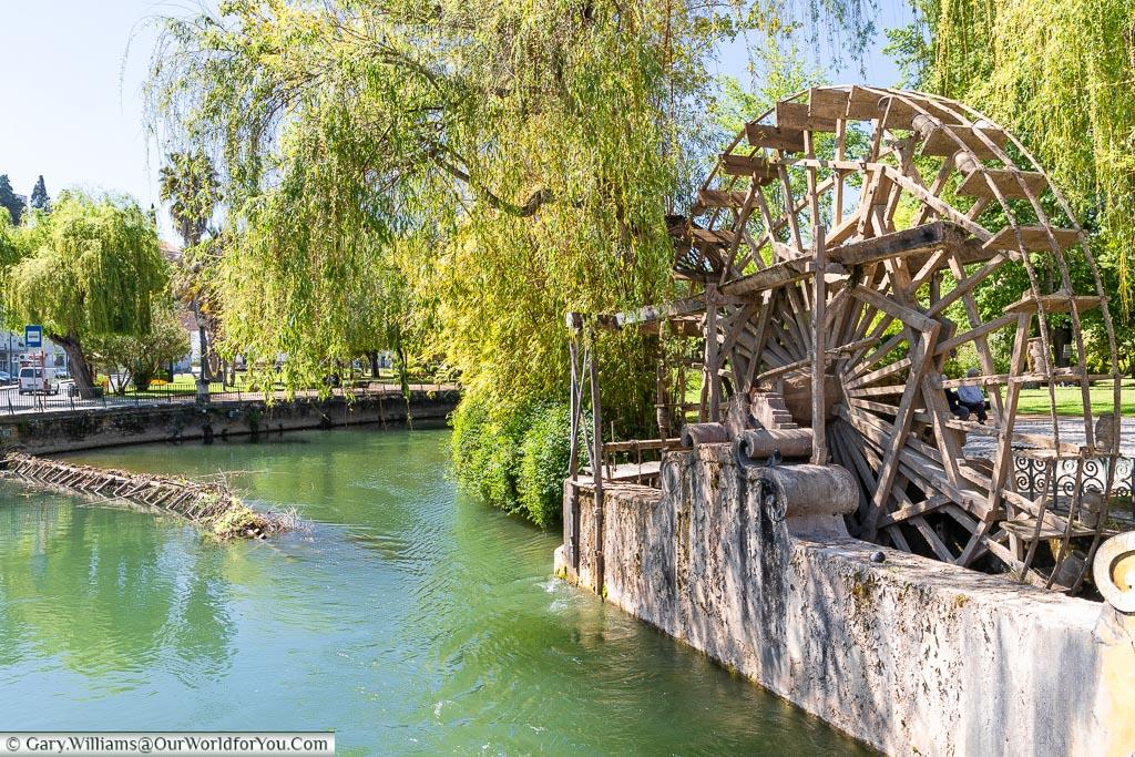 The waterwheel, Tomar, Portugal