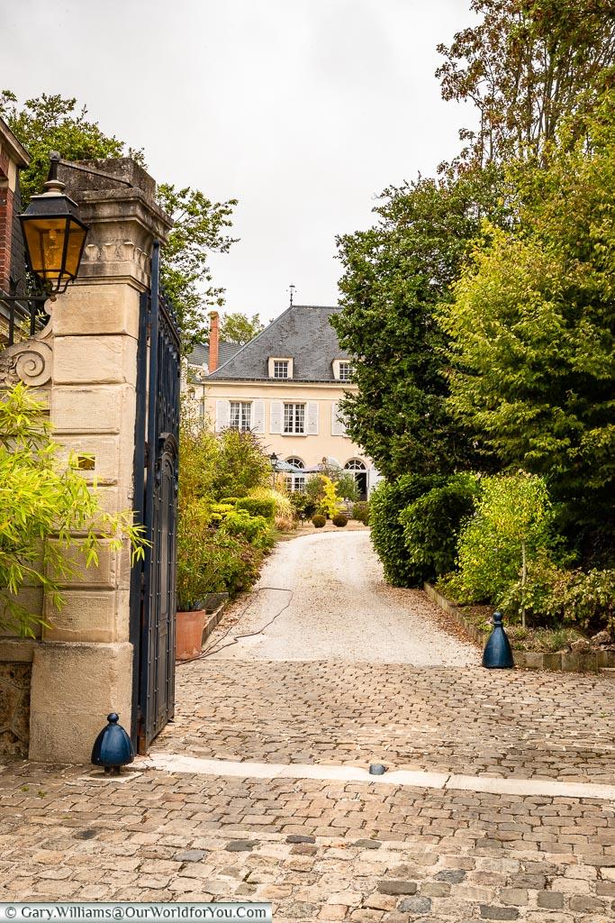 Le Clos – Saint Georges, Ay, Champagne Region, France