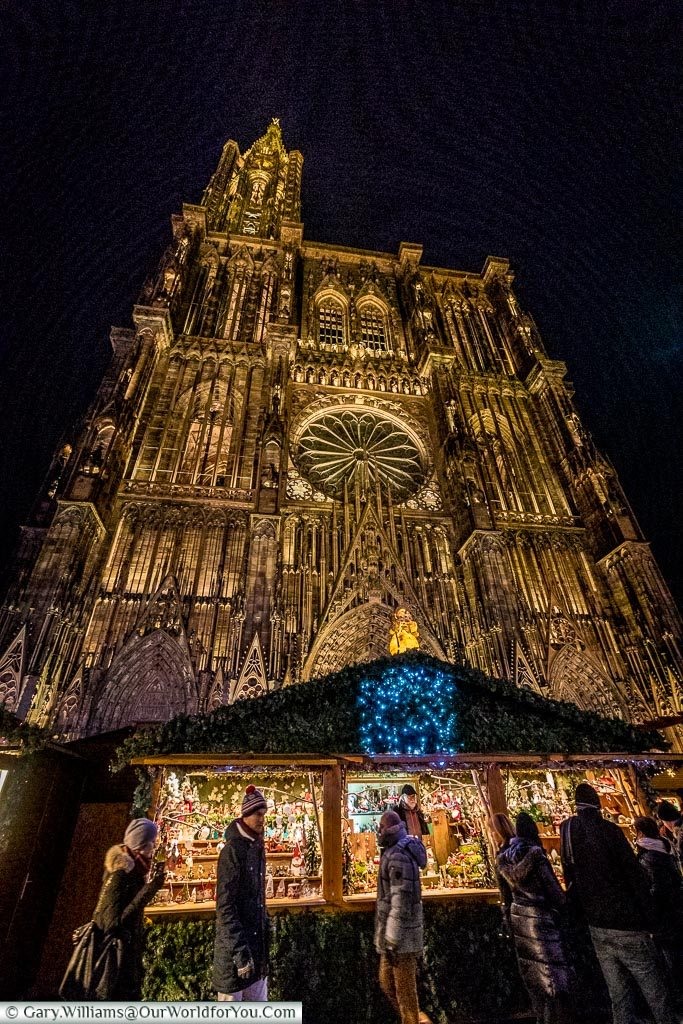 The cathedral as a backdrop to the market, Strasbourg, France