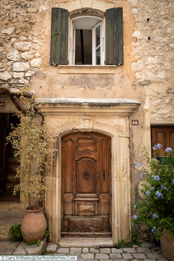 Doorway to 46, Tourrettes-sur-Loup, France
