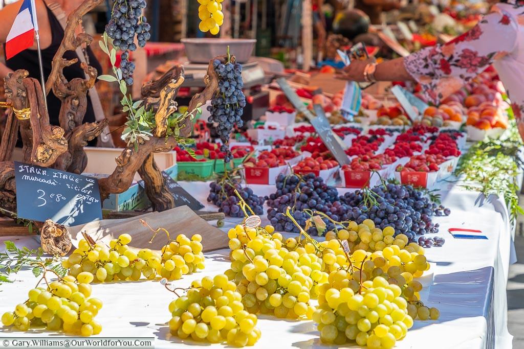 Grapes at Cours Saleya market, Nice, France