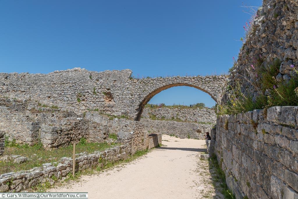 The aqueduct, Conímbriga, Portugal