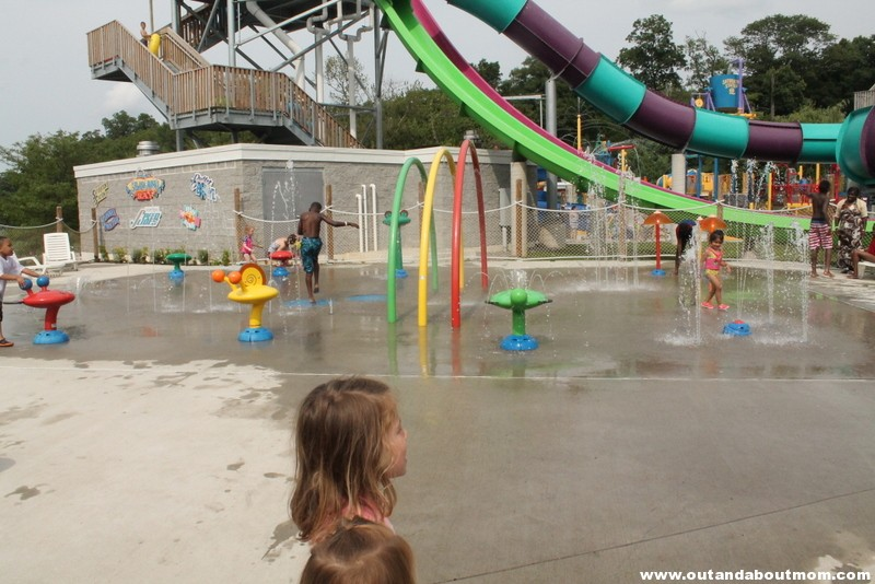 Quassy Amusement and Waterpark_Out and About Mom_Things to do with kids in Connecticut (149)