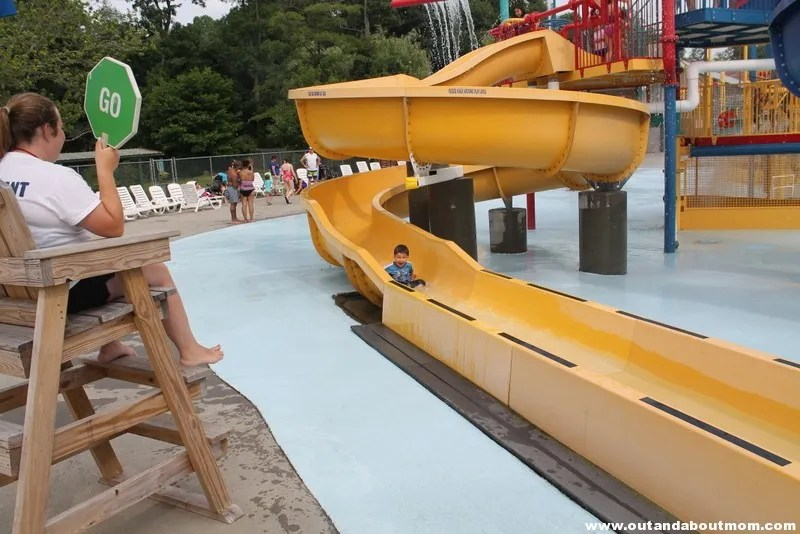 Quassy Amusement and Waterpark_Out and About Mom_Things to do with kids in Connecticut (179)