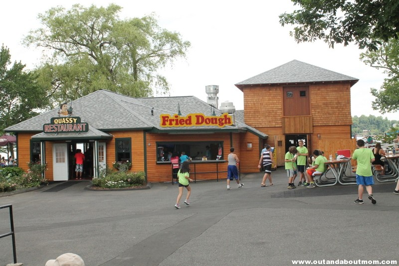 Quassy Amusement and Waterpark_Out and About Mom_Things to do with kids in Connecticut (22)