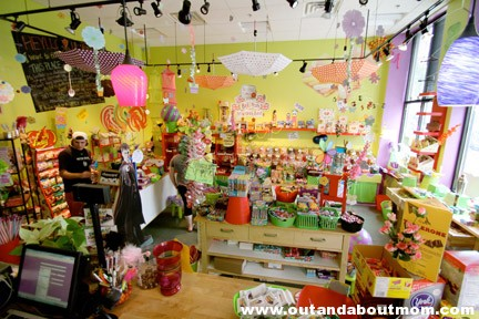 Photo from http://www.sweetemotionscandy.com/