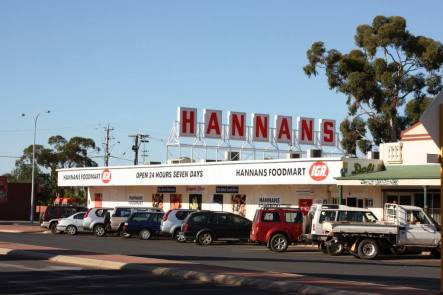 Hannans Brewery Sign on the IGA in Collins Street, Lamington