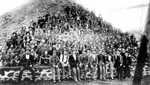 Men of the Lake View & Star 1903