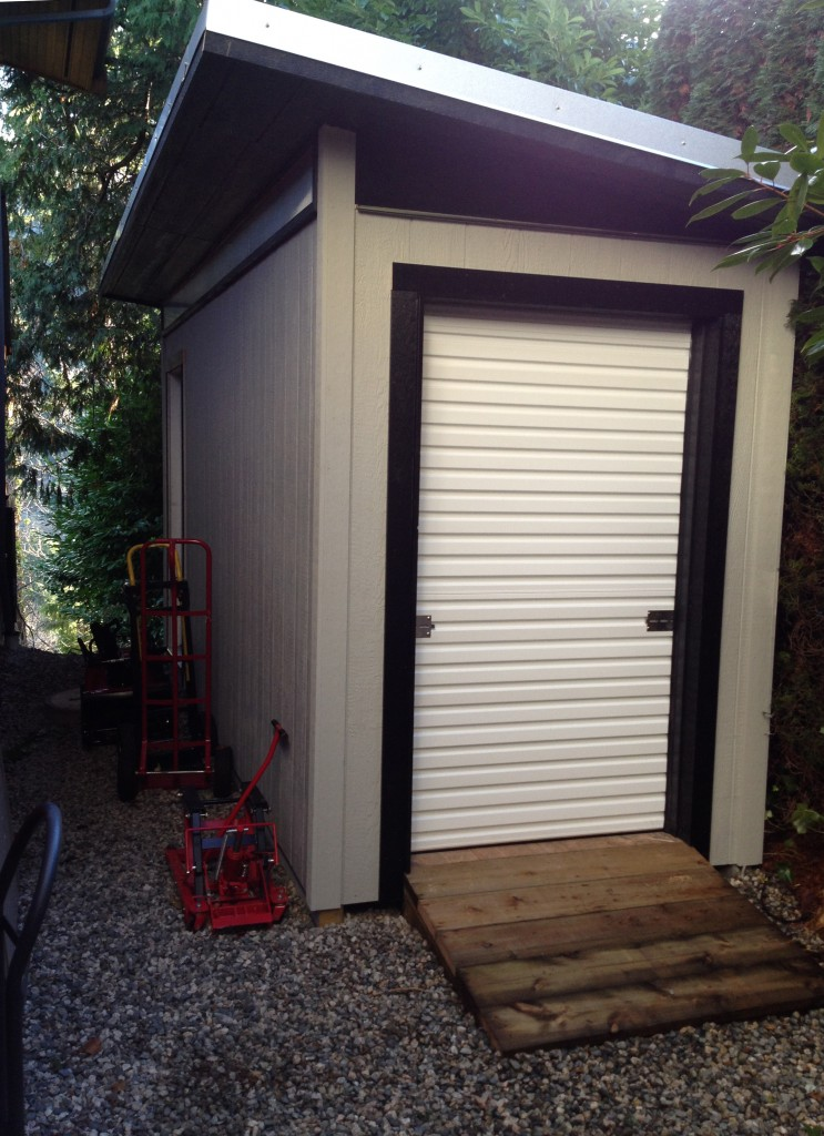 West Vancouver Contemporary Storage Shed